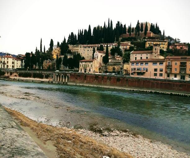 8 πράγματα που πρέπει να κάνεις στη Βερόνα |TopicTravellers.
